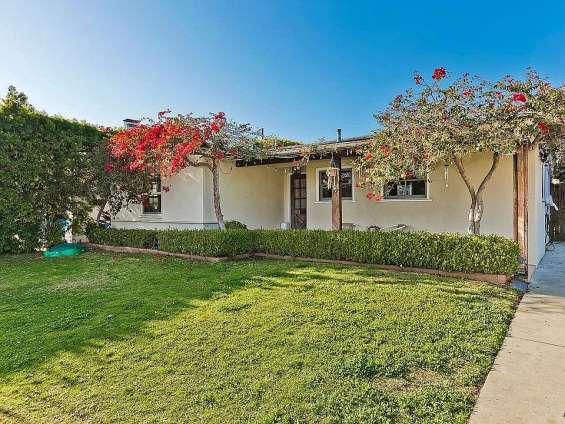 Beautiful one story furnished ranch in prime mar vista with outdoor yurt that can be used